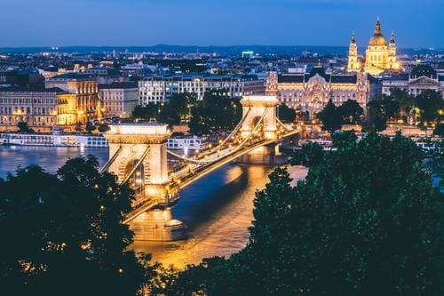 budapest_hungary_-_bright_city_lights_in_the_evening