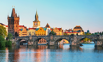 czech-republic-prague-charles-bridge-view