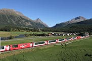 glacier-express-crossing-valley