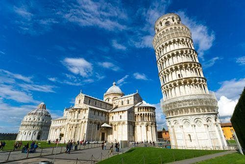 1 week in Italy | Piazza dei Miracoli with the Leaning Tower of Pisa