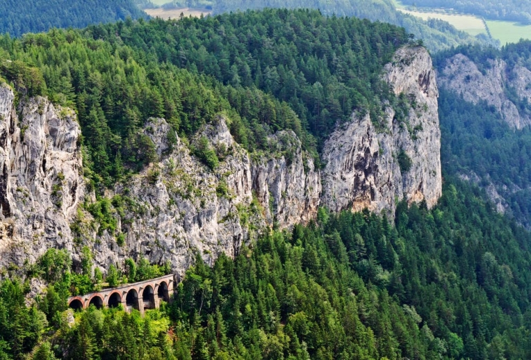 viaduct_of_semmering_line_austria