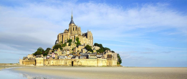 hostelworld-mont-st-michel-france