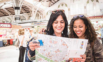 spain-valencia-city-card-travelers-with-map